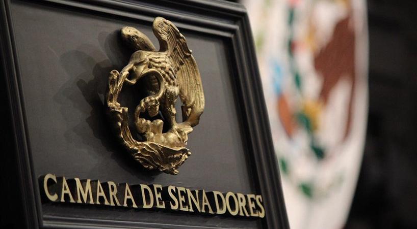 Firma+Senado+acuerdo+contra+la+violencia+y+acoso+laboral