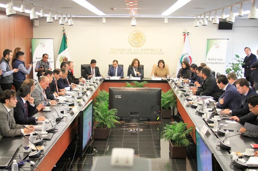 Piden+gobernadores+de+ocho+entidades+al+Senado+expedir+la+Ley+de+Seguridad+Interior