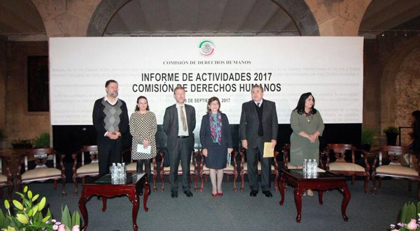 Presenta+Comisi%C3%B3n+de+Derechos+Humanos+informe+de+labores++