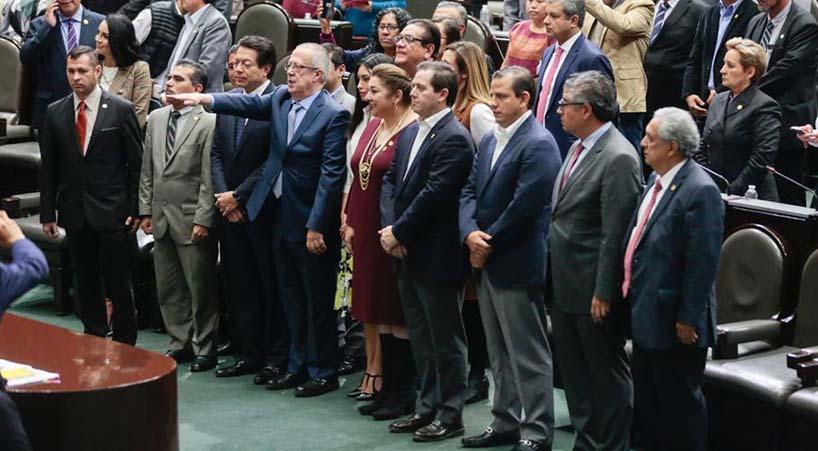 Ratifican+a+titular+de+la+SHCP+y+altos+funcionarios++
