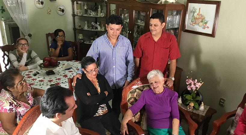 Senadores+notifican+a+madre+de+Gonzalo+Rivas+sobre+Medalla+Belisario+Dom%C3%ADnguez