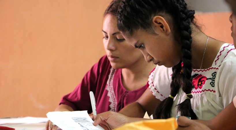 Plantean+becas+de+apoyo+a+estudiantes+hablantes+de+lengua+ind%C3%ADgena