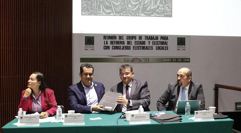 Legisladores+se+re%C3%BAnen+con+titulares+de+OPLEs+para+debatir+reforma+del+Estado+y+electoral