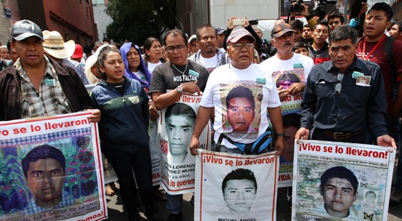 Se+solidariza+Senado+con+familiares+de+estudiantes+de+Ayotzinapa+desaparecidos