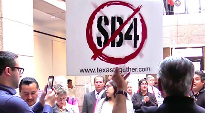 Congreso+rechaza+ley+de+Texas+que+fomenta+xenofobia+contra+mexicanos