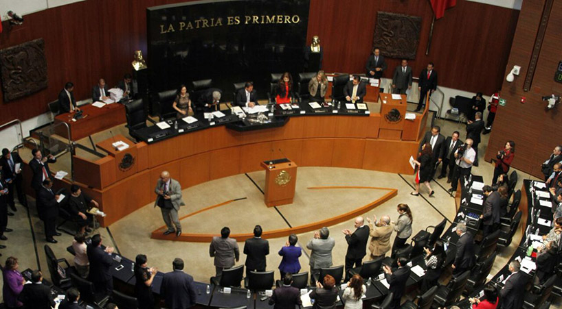 Noticias del Congreso - Entregan reconocimiento a la UNAM ...