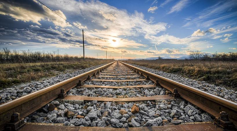 Analizan+PND+en+materia+de+infraestructura+ferroviaria+y+aeroportuaria+