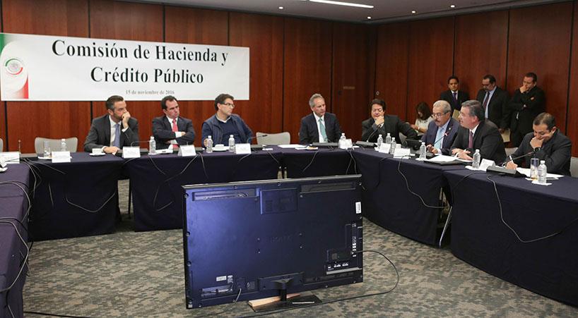 Comparece+en+C%C3%A1mara+Alta+Alejandro+D%C3%ADaz+propuesto+como+subgobernador+de+Banxico