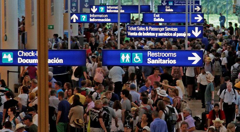 Elevan+a+rango+de+ley+los+derechos+de+pasajeros+del+transporte+a%C3%A9reo++