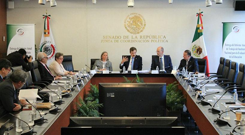 Entrega+INEE+a+Senadores+informe+sobre+educaci%C3%B3n+obligatoria