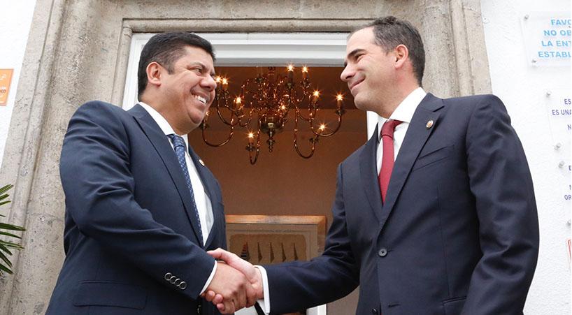 +Presidentes+de+ambas+c%C3%A1maras+del+Congreso+alistan+agenda+com%C3%BAn