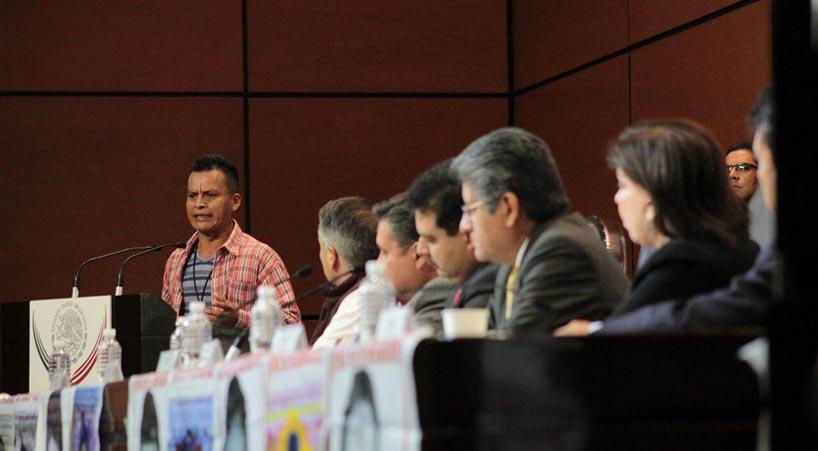 Expresan+diputados+solidaridad+y+ofrecen+apoyo+a+familiares+de+los+43+de+Ayotzinapa