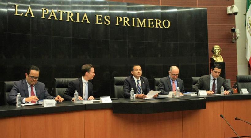 Presentan+en+el+Senado+libro+Parlamento+democr%C3%A1tico+y+justicia+constitucional