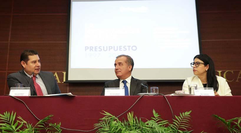 Presentan+estudio+sobre+negociaciones+pol%C3%ADticas+del+presupuesto