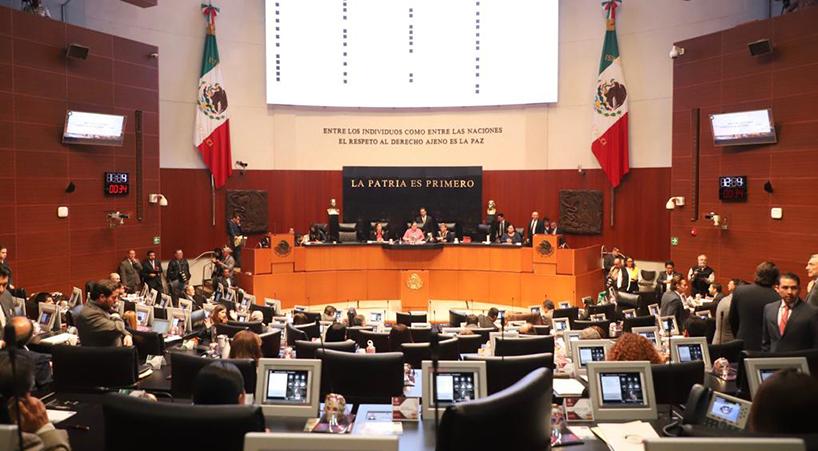 Senadores+y+senadoras%2C+se+pronuncian+en+tribuna+por+la+revocaci%C3%B3n+de+mandato+y+consulta+popular