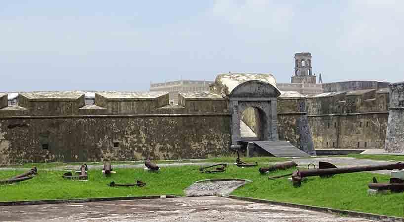 Sesi%C3%B3n+solemne+para+conmemorar+los+500+a%C3%B1os+de+la+fundaci%C3%B3n+de+la+Ciudad+y+Puerto+de+Veracruz+