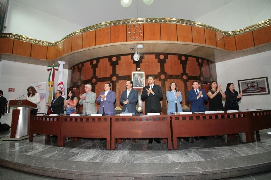 Conmemora+Lotenal+el+20+aniversario+del+Canal+del+Congreso