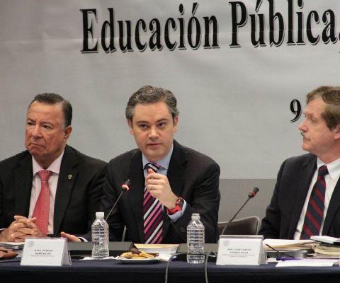 Explica+titular+de+la+SEP+a+legisladores+Modelo+Educativo+2016+