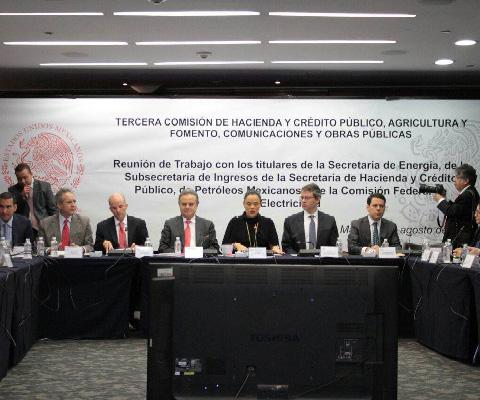 Sener%2C+SHCP%2C+Pemex+y+CFE+explican+a+legisladores+aumento+en+precio+de+combustibles+y+tarifas+de+energ%C3%ADa+el%C3%A9ctrica