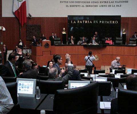 Senado+reforma+el+C%C3%B3digo+Penal+Federal+en+materia+de+combate+a+la+corrupci%C3%B3n